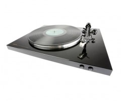 Denon Turntable DP-300F Angled